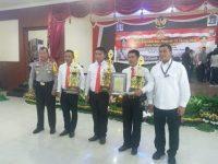 Personel Polres Enrekang Diganjar Penghargaan dari Kapolda Sulsel
