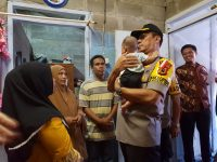Wakapolda Sulsel Semangati Keluarga Dari Korban Penembakan di Papua